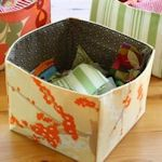 Cute and useful fabric containers.  from sometimescrafter.blogspot.com