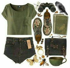 A fashion look from August 2013 featuring green t shirt, dr martens boots and purse satchel. Browse and shop related looks. Fashion Mode, Look Fashion, Fashion Outfits, Womens Fashion, Petite Fashion, French Fashion, Fashion Tips, Street Fashion, Korean Fashion