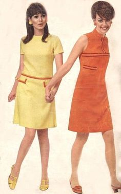 A Line Dresses by Decades Fashion, 60s And 70s Fashion, 60 Fashion, Retro Fashion, Fashion Models, Vintage Fashion, Gothic Fashion, Robes Vintage, Vintage Dresses