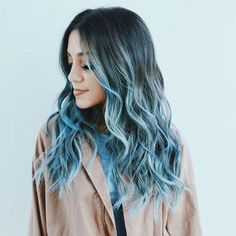 1001 ideas for cool hairstyles on the topic of blue hair Ombre Hair Color For Brunettes Blue cool hair hairstyles Ideas topic Pastel Blue Hair, Ombre Hair Color, Cool Hair Color, Blue Ombre, Dark Ombre, Colorful Hair, Hair Colors, Brunette Color, Balayage Brunette