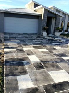 If you are trying to choose between a poured concrete driveway and a paver driveway there are some important things you should know.