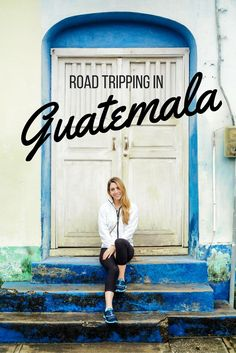 And island town in a lake, ancient Mayan ruins, monkeys and exotic birds- all things you see when taking a road trip to Flores and Tikal in Guatemala! | The Antisocialite