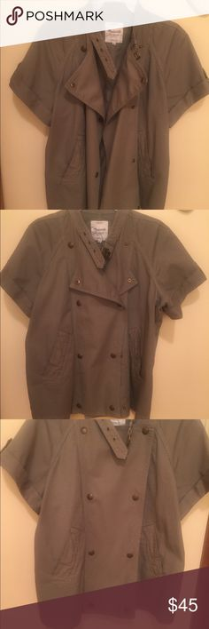 Madewell xs safari jacket A short sleeve double breasted light army green jacket. It's xs but runs large--I'm usually xs in Madewell and needed this in xs. Cute to wear over summer fashion--shorts, capris, sleeveless dresses but can also be worn over long sleeve shirts or even turtlenecks in winter. Madewell Jackets & Coats Utility Jackets
