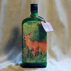 Poľovnícka fľaša Jelenia rodinka na lúke
