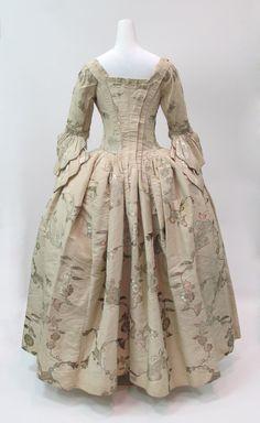 Dress, 1747 ca. | British | The Metropolitan Museum of Art
