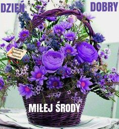 Beautiful Purple Flowers Bouquet For my special friends💜♥️🙋🏻 Beautiful Rose Flowers, Amazing Flowers, Fresh Flowers, Silk Flowers, Purple Flowers, Beautiful Flowers, Pink Roses, Basket Flower Arrangements, Beautiful Flower Arrangements