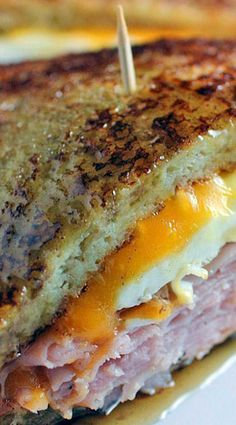 French Toast Grilled Cheese Sandwich is part of food_drink - This is a super easy breakfast sandwich that is so easy to make it would get anyone off to a happy start Breakfast Dishes, Breakfast Recipes, Breakfast Sandwiches, Mexican Breakfast, Breakfast Pizza, Breakfast Healthy, Breakfast Ideas, Banana Breakfast, Breakfast Toast