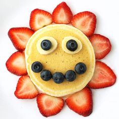 This sunshine pancake is perfect for a summer day and a fun activity for the kids during summer break.