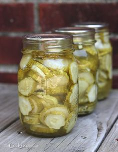 Dill Pickle Slices--Used Chili Dilly Beans Pickling spice combination in place o. - Dill Pickle Slices–Used Chili Dilly Beans Pickling spice combination in place of pickling spice m - Canning Dill Pickles, Dill Pickle Chips, Easy Dill Pickle Recipe, Dilly Beans, How To Make Pickles, Chili, Cucumber Recipes, Amigurumi, Easter