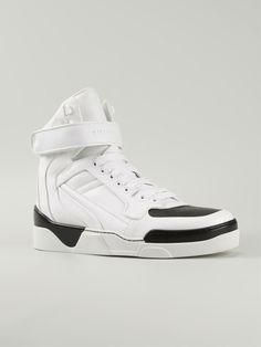 #givenchy #hitop #sneakers #new #man #white #fashion www.jofre.eu