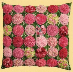 Ruched Blossom Pillows Pattern LSC-1203 (advanced beginner, home decor)