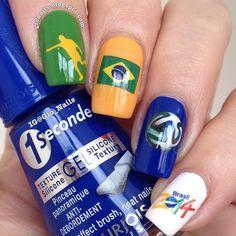 Fifa world cup nails. Nail art. Nail design. Brazlian nails. Brasil. Polishes. by gio_nails Soccer Nails, Sport Nails, Flag Nails, World Cup 2014, Fifa World Cup, Nails 2014, Nail Games, Perfect Nails, Soccer World