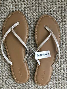 bc5c8825f31c Old Navy White Flip Flops - Womens Size 10  fashion  clothing  shoes