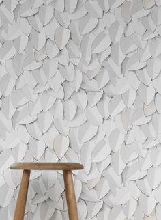 Blätterstruktur: Front Tapete Leaves von Eco  #grafisch #wohnzimmer