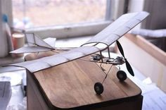 The Finch is an easy to build three channel radio control model. Download a free set of CAD plans here! #radiocontrolairplanes