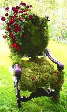 Great idea for that old chair you were going to throw out ~ just cover it in moss and roses! Www.carlis-closet.com