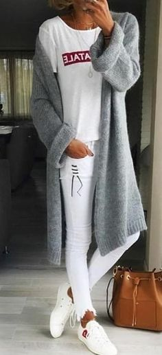 #spring #outfits woman wearing gray knitted cardigan. Pic by @perfect_fashion_styling