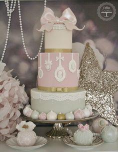 Pretty cameo cake