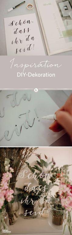 Wunderschöne DIY Idee für eure Hochzeit: für den Hochzeitstisch oder als schickes Deko-Element. Schreibt euer Willkommen, kleine Anekdoten oder hilfreiche Informationen auf Glas.