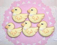 babyshower duckies #timelesstreasure.theaspenshops.com