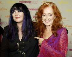 Ann Wilson and Bonnie Raitt lovely singers.and rockers. Vintage Movie Stars, Vintage Movies, Her Music, Music Is Life, Great Women, Amazing Women, Wes Anderson Movies, My Love Song, Bonnie Raitt