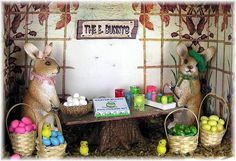 DYI DOLLHOUSE MINIATURES: EASTER IN A SHADOW BOX: FILLING THE BOX