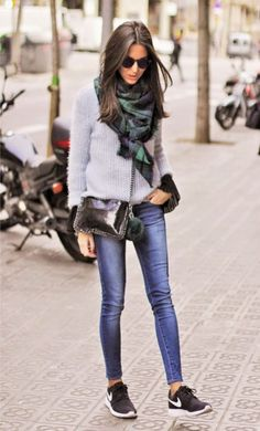 new style 3d09d 98b8c nice Hoe combineer je skinny jeans 10 beste outfits Jeans And Sneakers  Outfit, Black Nike