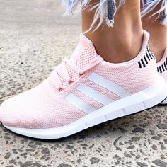 adidas Originals Swift Run in Icey Pink - cool sneakers with frayed jeans. Street style with a twist.