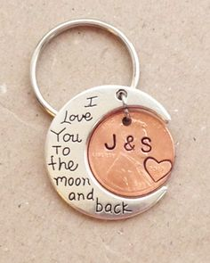 "This keychain would be the perfect gift to give your significant other for your wedding, anniversary, birthday, or just to show her you love her. The moon has ""I Love You to the moon and back"" stamped on it, and we customize the penny with any 2 initials Bf Gifts, Boyfriend Gifts, Cute Gifts, Gifts For Him, Great Gifts, Boyfriend Girlfriend, Girlfriend Birthday, Husband Birthday, Funny Gifts"