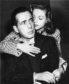 lauren bacall and humphrey bogart   El primer beso de Humphrey Bogart a Lauren Bacall « TCM   El cine que ...
