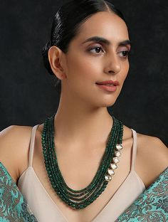 Indian Necklace, Beaded Necklace, Gold Necklace, Jewelry Sets, Gold Jewelry, Jewelry Necklaces, Kundan Jewellery Set, Diamond Choker, Indian Wedding Jewelry