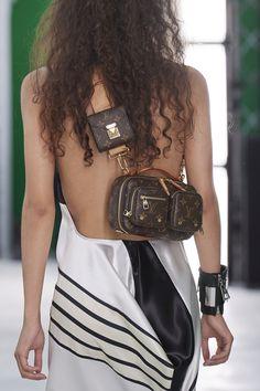 Spring Handbags, Best Handbags, Couture Fashion, Fashion Show, Paris Fashion, Ankara Bags, Structured Handbags, Summer Bags, Malm