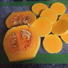 What is this #Wednesday ?  #WITW #FlaveryTM #cantaloupe and #sweetpotatoes ?#fruit or #vegetables ? 😁 It's #butternutsquash a fruit. 😊 #roast #bake #grill #sauté #soup #sauce #sidedish #casserole #veggie #chili #pasta #mashed #vegan  #orange #seeds #rich #creamy #lowfat #fiber #hearthealthy #potassium #fitfood