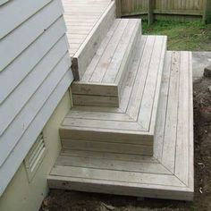 best deck stair designAll images / content are copyright Deckreation 2011 Patio Steps, Outdoor Steps, Steps For Deck, How To Build Porch Steps, Outside Steps, Cool Deck, Diy Deck, Porch Stairs, Exterior Stairs