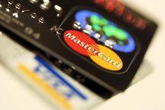 Którą kartę kredytową wybrać? - http://moj-bank.pl/karty-kredytowe/ktora-karte-kredytowa-wybrac/