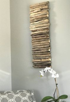 DIY Coastal Decor - Painted Driftwood Wall Art - Hello my page Driftwood Wall Art, Painted Driftwood, Driftwood Projects, Stick Art, Wood Framed Mirror, Home Decor Mirrors, Ideias Diy, Beach Wall Art, Hanging Art