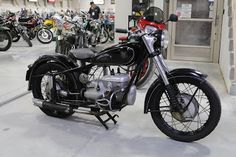 OldMotoDude: 1954 IFA IB350 sold for $4,400 at the 2020 Mecum L... Motorcycle Leather, Baboon, Moto Guzzi, Super Bikes, Street Bikes, Car And Driver, Ford Gt, Vintage Motorcycles, Race Cars
