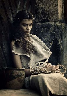 This gives me ideas. I feel like I already know the girl's personality pretty well, which is great since I have such trouble with that. Female Character Inspiration, Fantasy Inspiration, Story Inspiration, Writing Inspiration, Story Characters, Fantasy Characters, Female Characters, High Fantasy, Medieval Fantasy