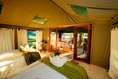 Accommodation is in tented rooms with ensuite facilities. All 6 tents are discretely set within the densely treed island ensuring privacy and tranquility.