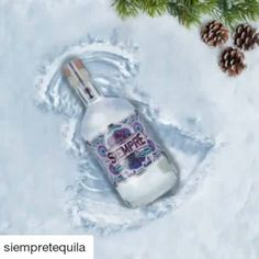 BEST GIF EVER! #Repost @siempretequila with @repostapp  Wherever you celebrate the holidays have a blanco Christmas.  . #blancofriday  #siempretequila December 23 2016 at 10:07PM