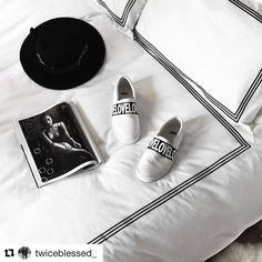 Regent looking amazing in this post from @twiceblessed_  Just proves that you can really rock monochrome #homestyling #todiefor #style #interiors #bedroom