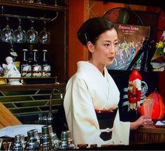 女優、モデルなどで活躍する魅力あふれる宮沢りえさんの スタイリッシュで上品レディな髪型(ショート・ボブ)と ヨルタモリ出演時の和風に合う髪型をまとめました。