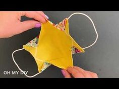 Easy Sewing Projects, Sewing Hacks, Sewing Tutorials, Sewing Crafts, Easy Face Masks, Diy Face Mask, Office Deco, 3d Face, Diy Mask