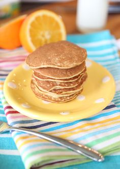 2 ingredient pancakes!!  Healthy, low cal, high protein!