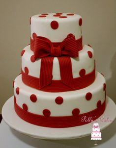 Find images and videos about heart, cake and house on We Heart It - the app to get lost in what you love. Fondant Cake Designs, Fondant Cakes, Cupcake Cakes, Big Cakes, Fancy Cakes, Beautiful Cakes, Amazing Cakes, Polka Dot Cakes, Polka Dots
