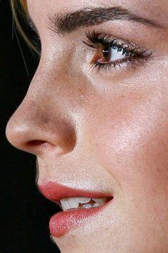 Emma Watson close up photo