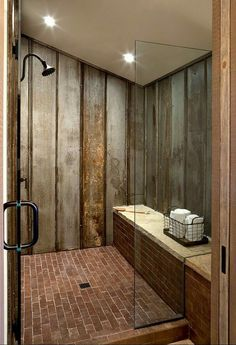 45 Beautiful Urban Farmhouse Master Bathroom Makeover - Home Decor Ideas Rustic Bathroom Shower, Rustic Master Bathroom, Rustic Bathroom Designs, Modern Farmhouse Bathroom, Rustic Bathrooms, Rustic Farmhouse, Urban Farmhouse, Bathroom Ideas, Shower Ideas
