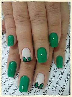 Flower Nail Designs, Colorful Nail Designs, Nail Art Designs, St Patricks Day Nails, Finger, Flower Nails, French Nails, White Nails, Shellac