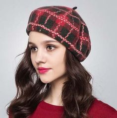 Scottish plaid French beret hat for women winter wear Mode Chic, Mode Style, Scottish Hat, Bandana, Tartan Fashion, Fashion Hats, French Beret Hat, Funky Hats, Outfits With Hats