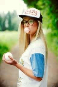 Senior girl portraits - softball - bubblegum - hat (14Ja)